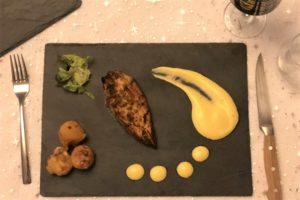 Hardal Tohumlu Tavuk Tikka, Kızartma Peynir Topları, Safran ve Kakuleli Dip Sos